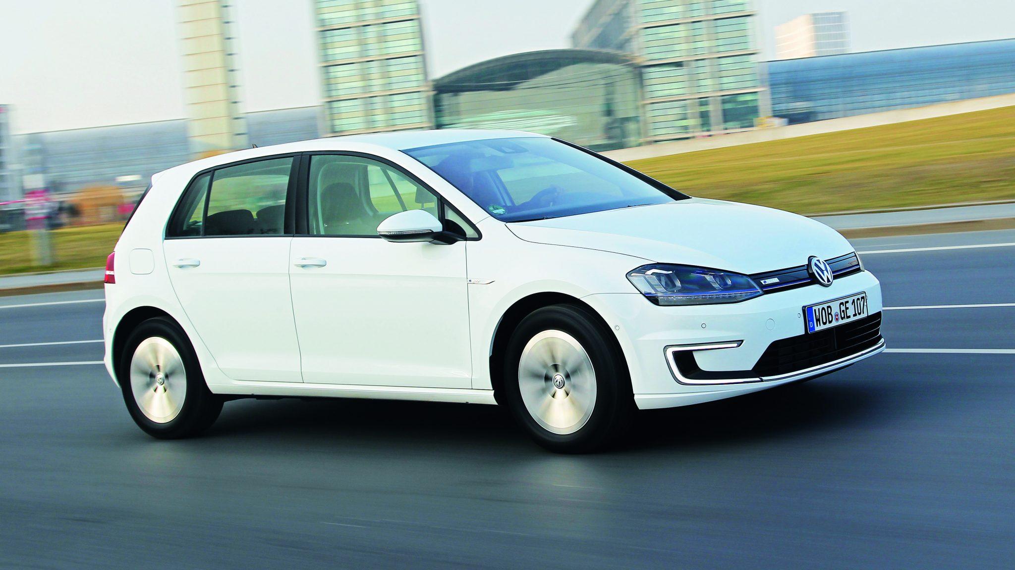 zijkant-Volkswagen-E-golf