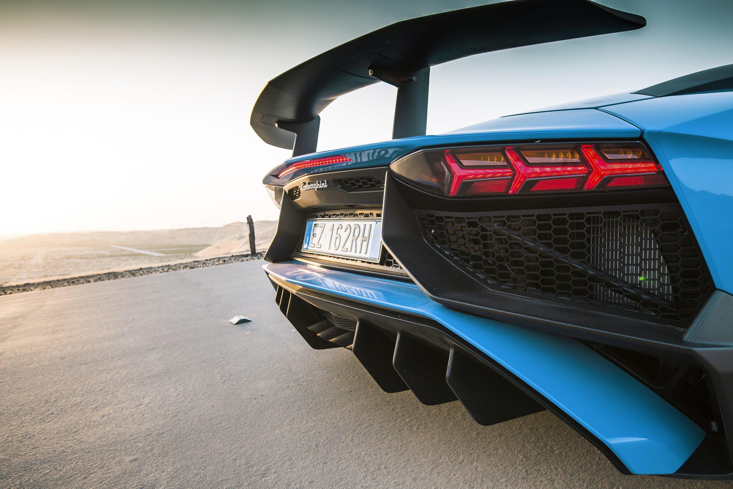 Lamborghini Aventador SV Roadster spoiler (2016)