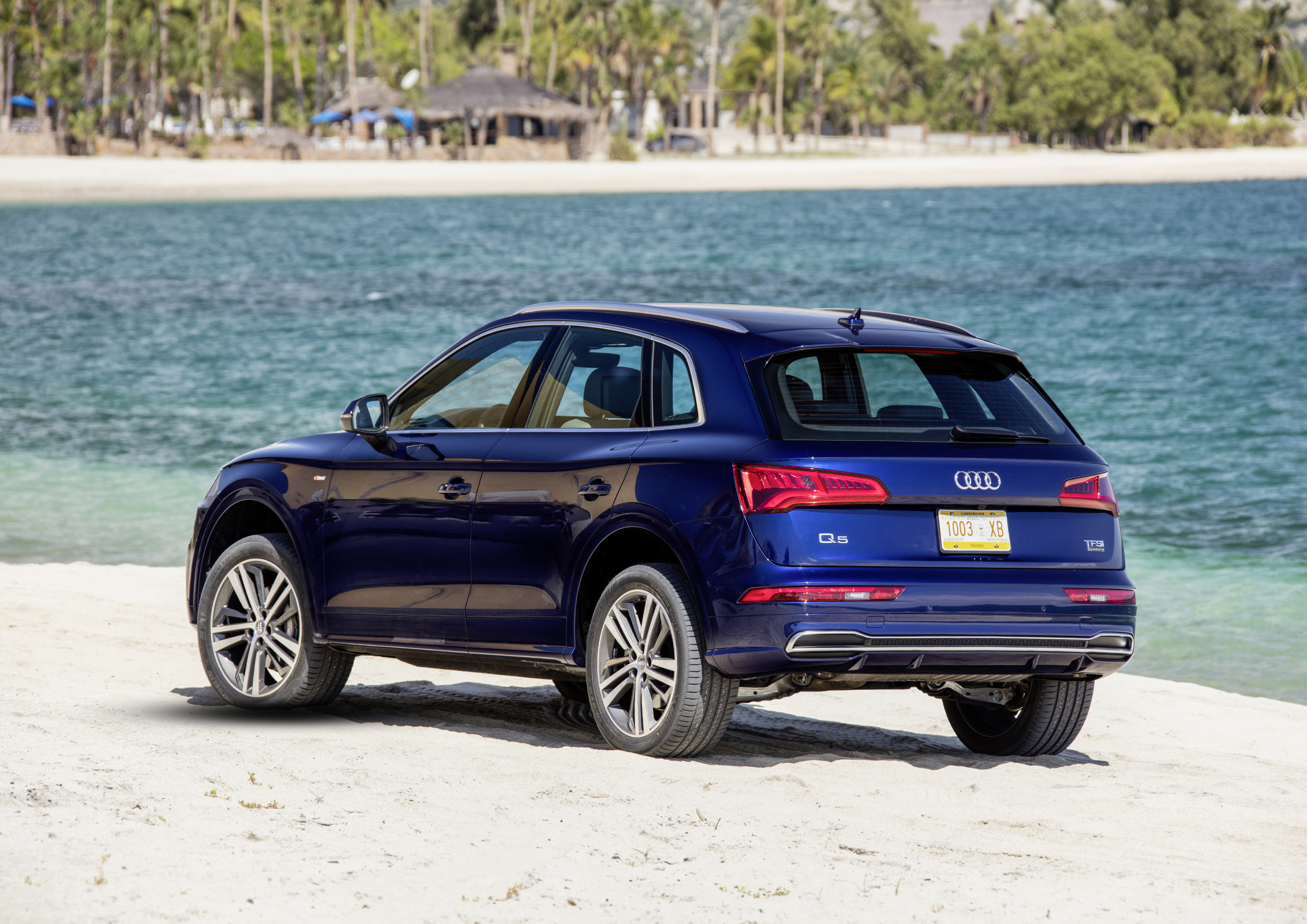 audi q5 2 0 tfsi quattro ultra autotest en specificaties high five. Black Bedroom Furniture Sets. Home Design Ideas
