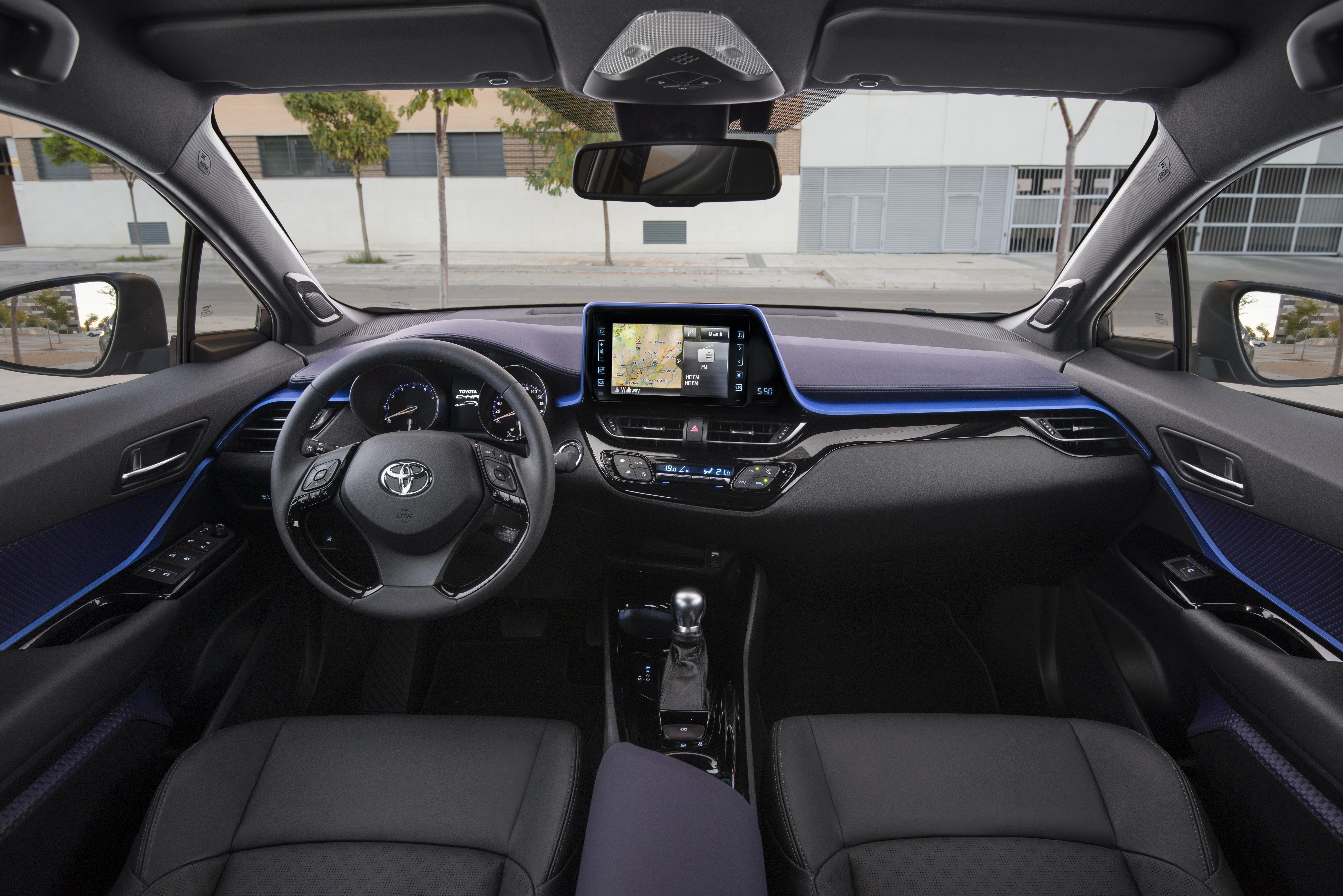 Toyota C-HR 1.2T Bi-Tone