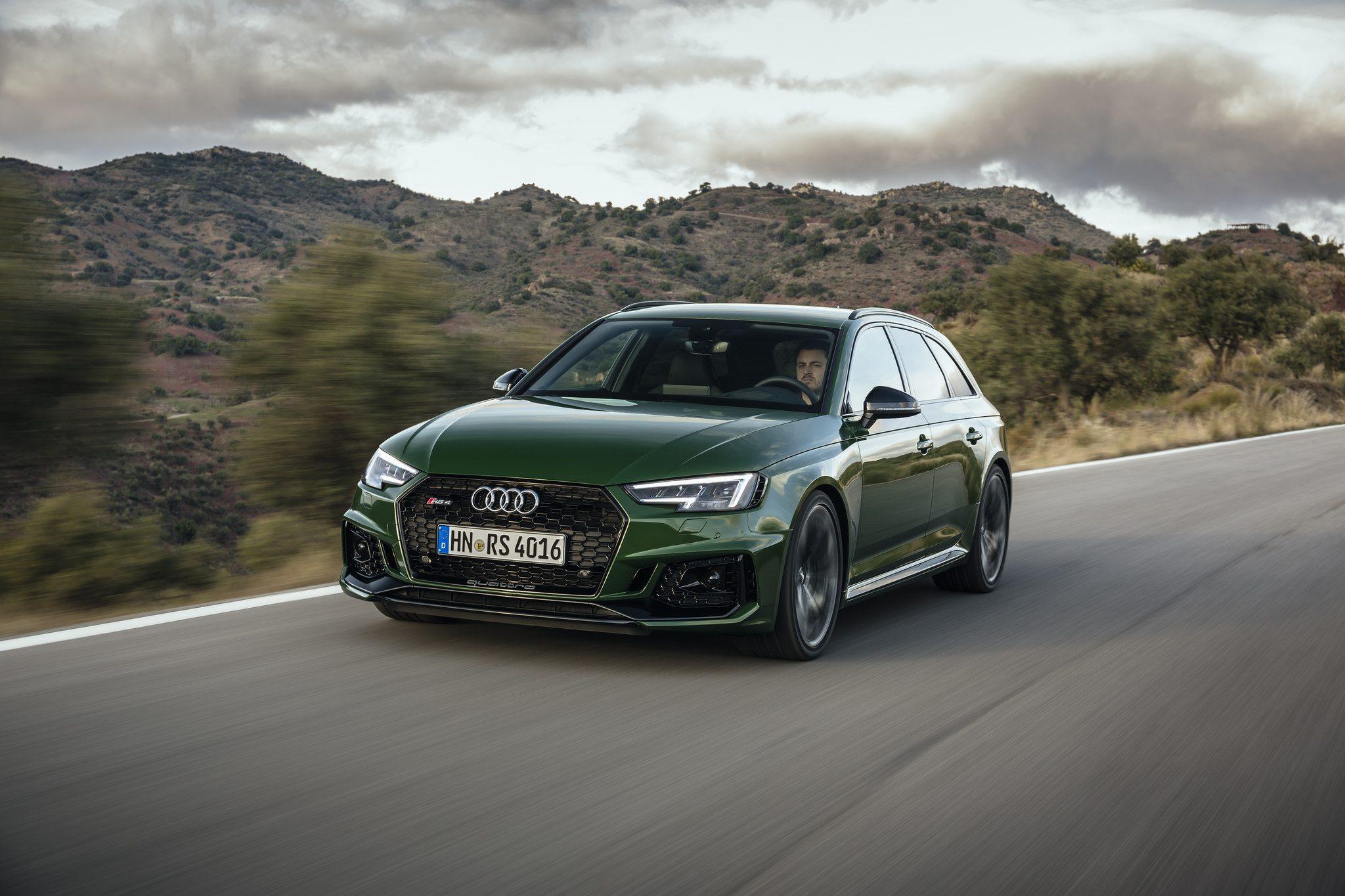 Audi RS 4 Avant Groen