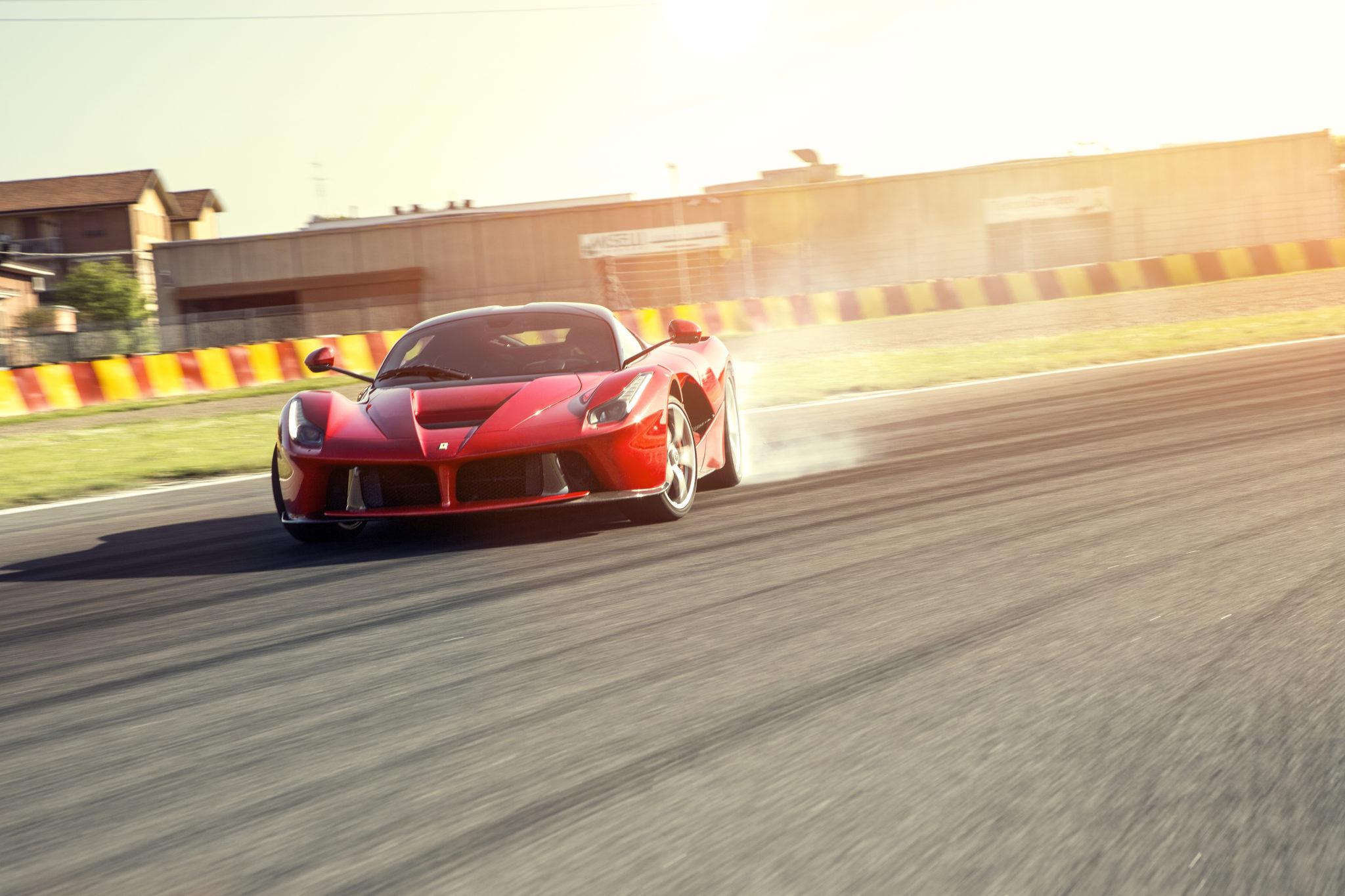snelste Ferrari's op Fiorano ferrari enzo