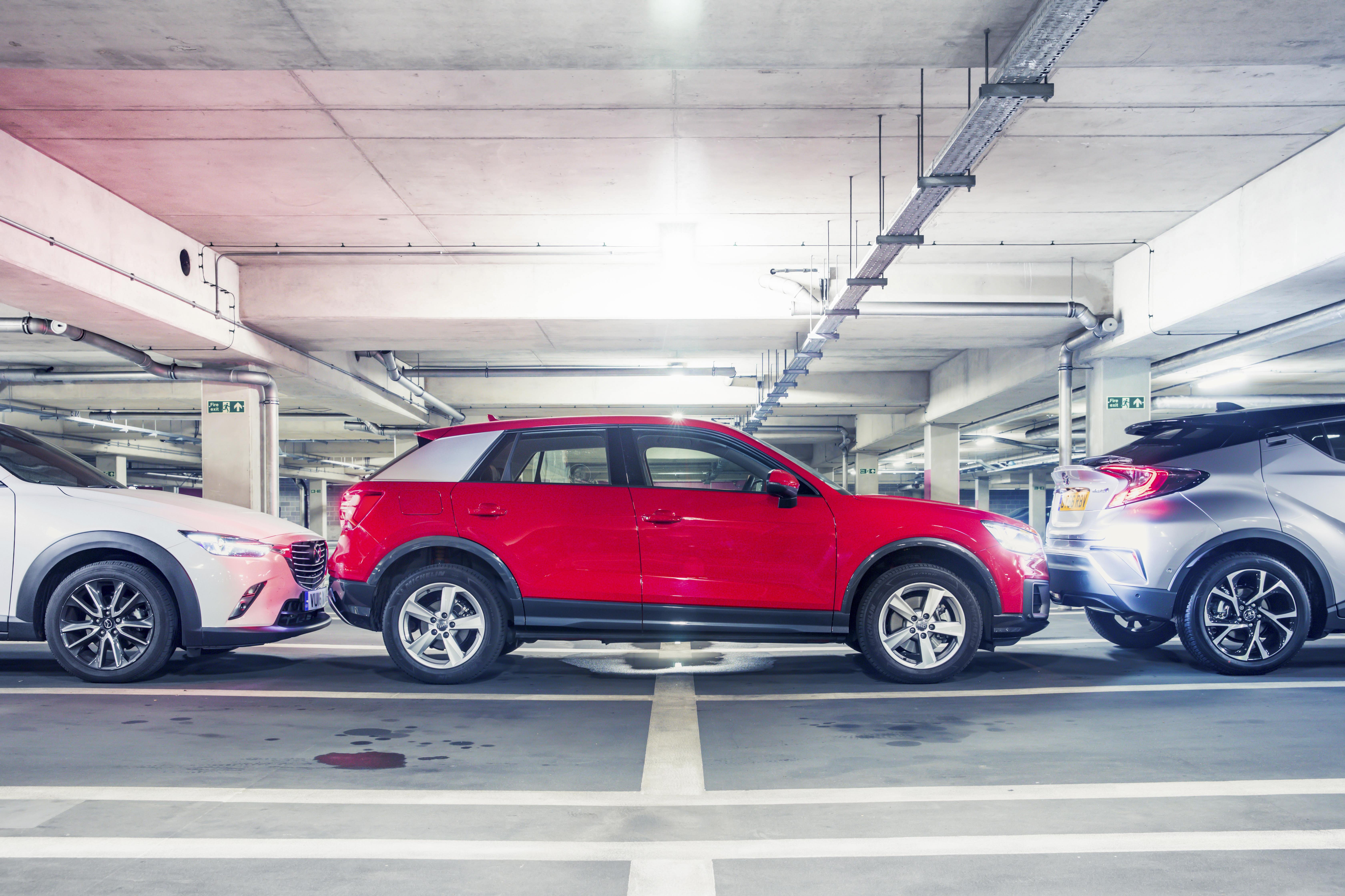 Mini-SUV's Q2 vs C-HR vs CX-3