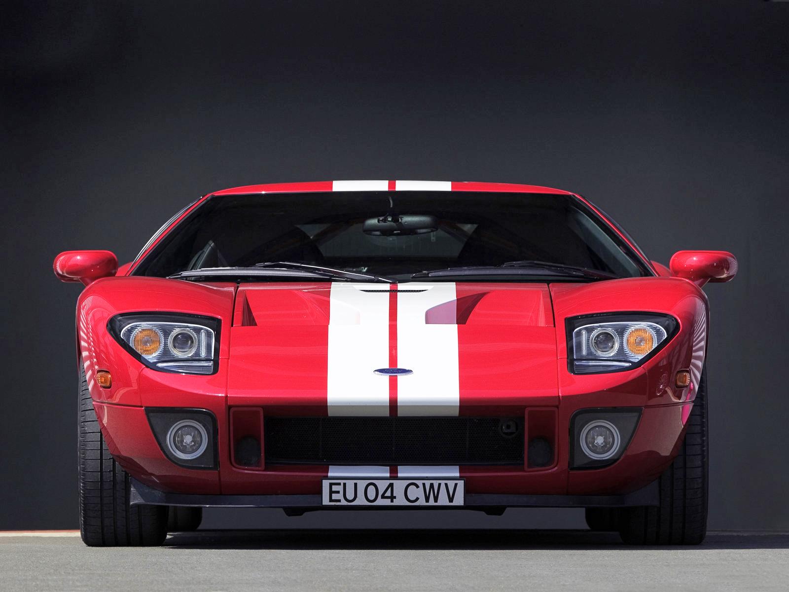 Ford GT 100 in koplamp