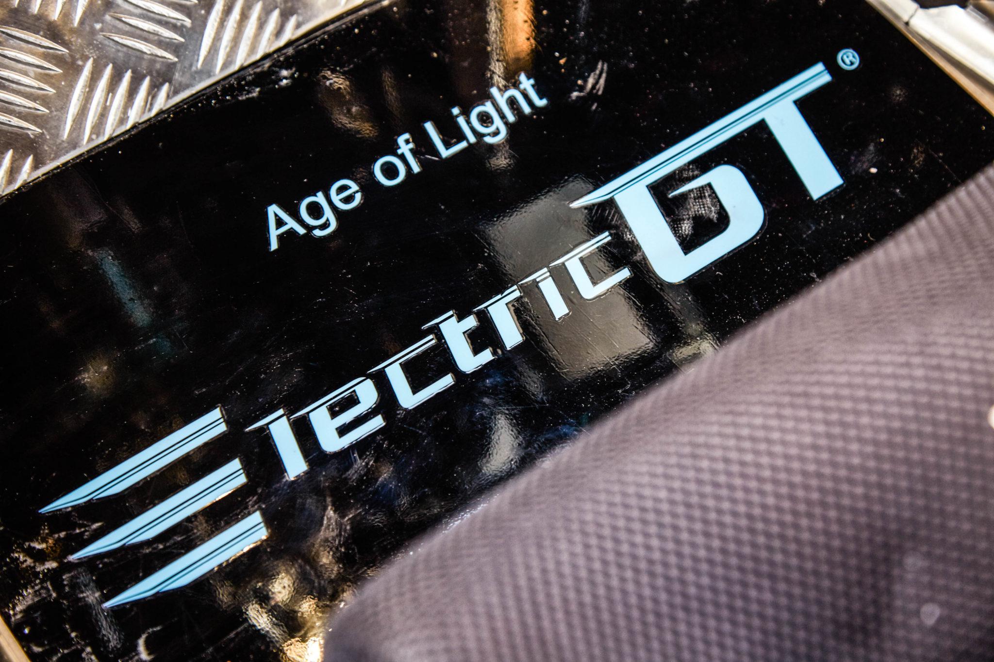 probeer eens een ev beter dan je denkt tesla racer electric GT