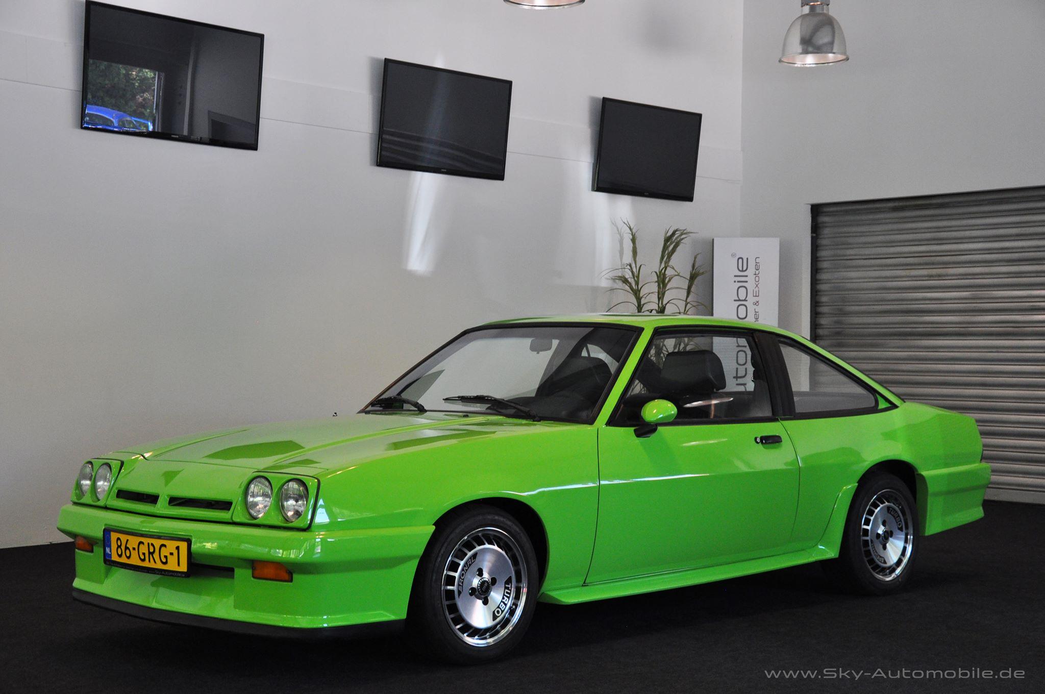 Opel Manta uit New Kids