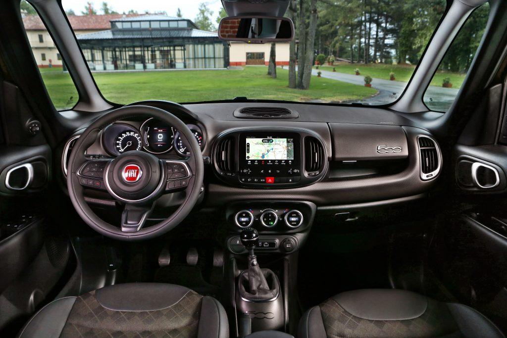 Fiat 500L interieur (2017)