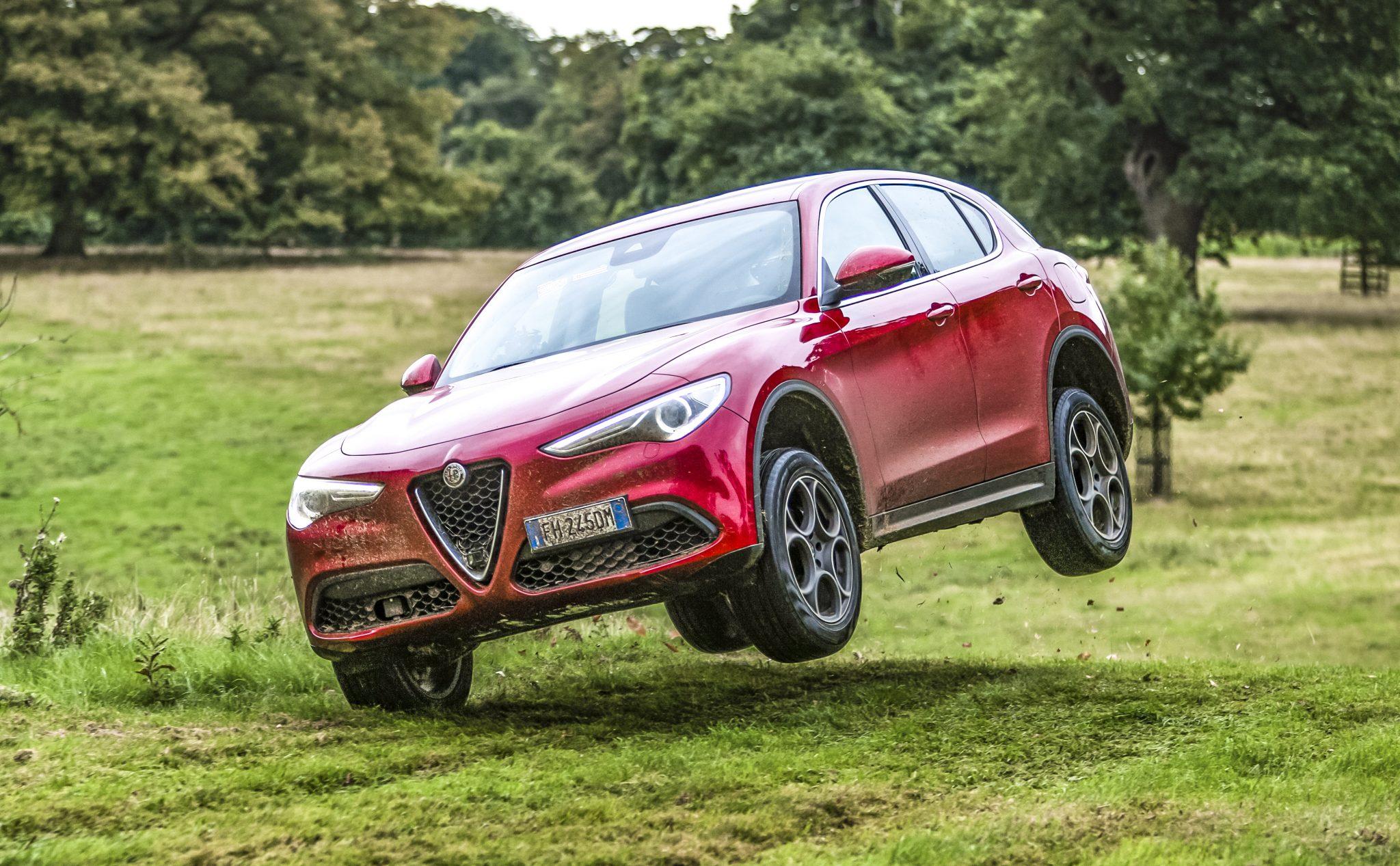 Alfa Romeo Stelvio Matt LeBlanc