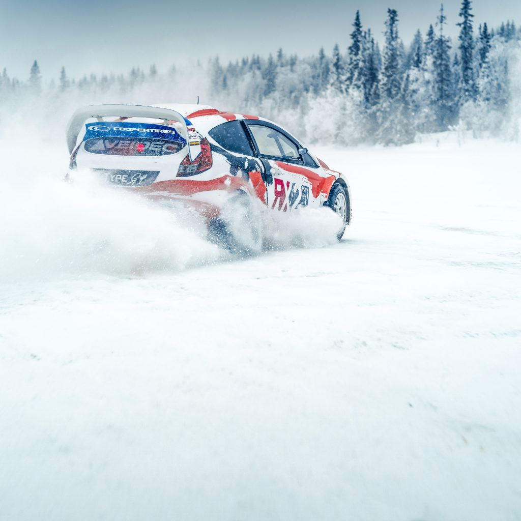 Polaris 800 XCR vs Ariel Nomad vs Ford Fiesta rx2 ijs racer