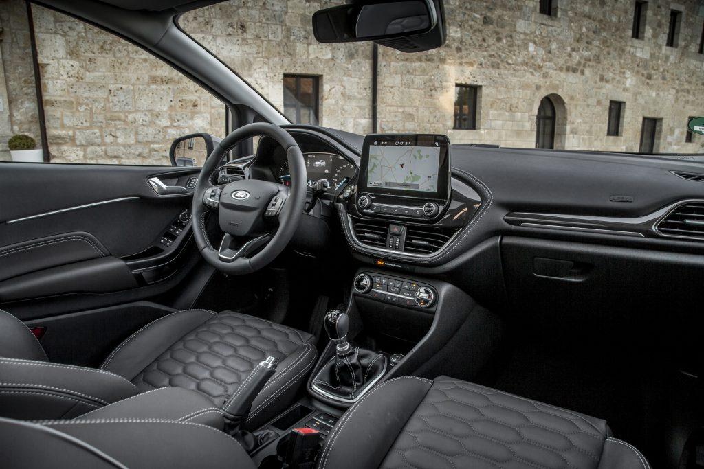 Ford Fiesta 1.0 EcoBoost 100 pk Vignale interieur (2018)
