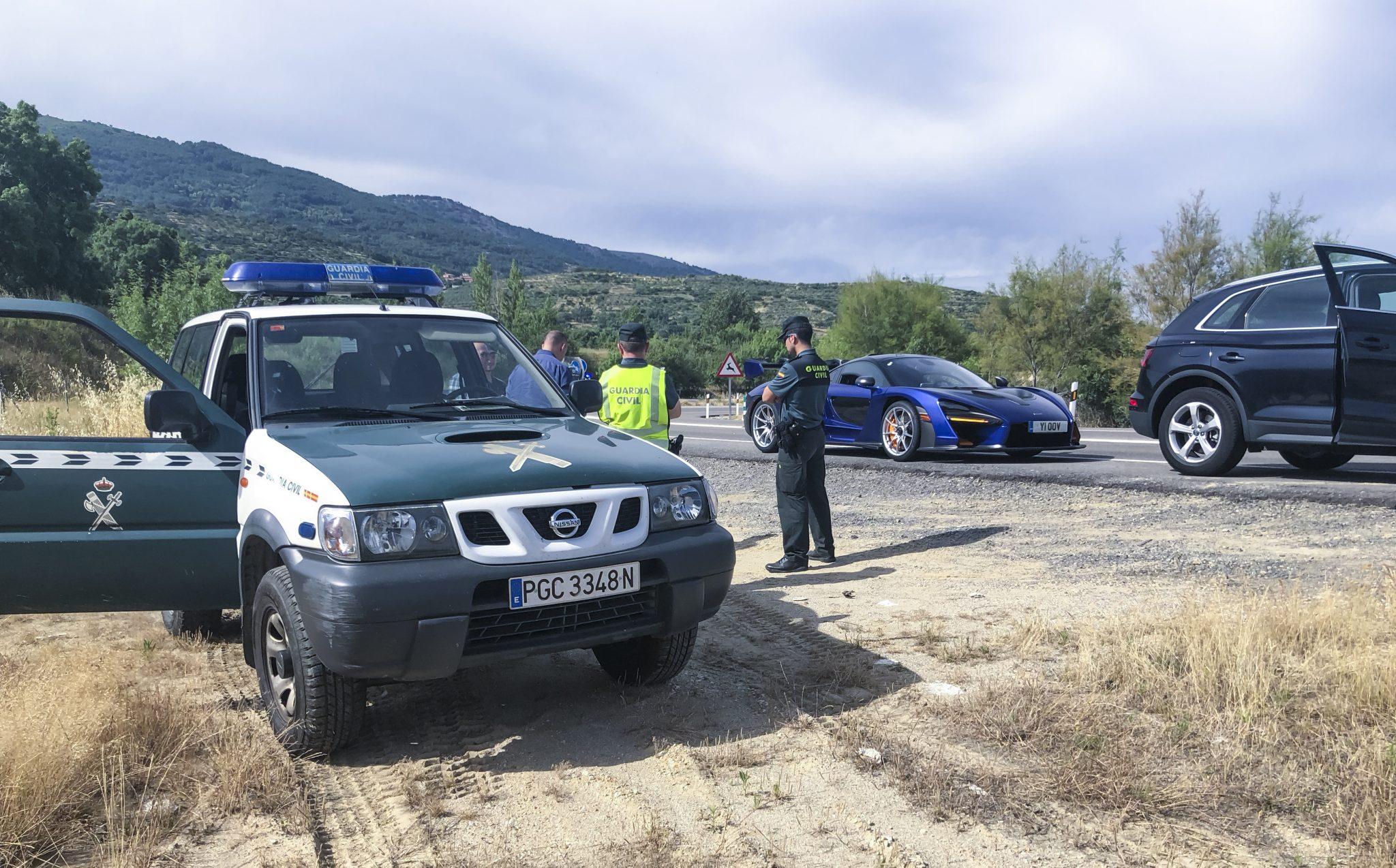 politie nissan patrol mclaren senna