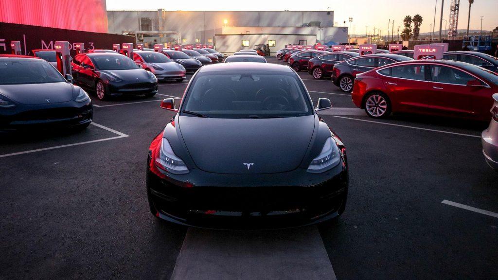 Tesla model 3 levertijd nederland