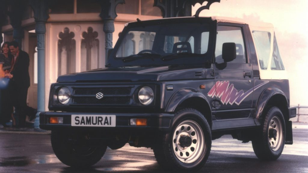 Suzuki SJ 11 offroad-smurfjes die je laten glimlachen
