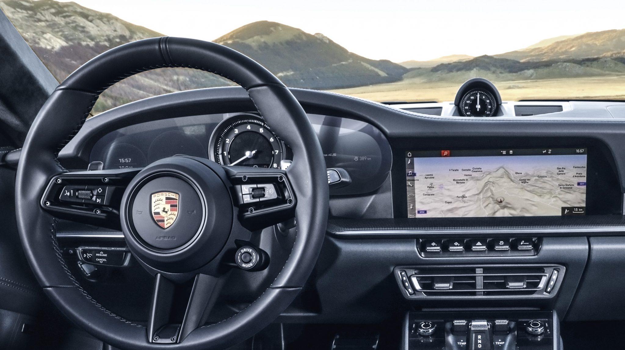Porsche 911 992 stuur interieur