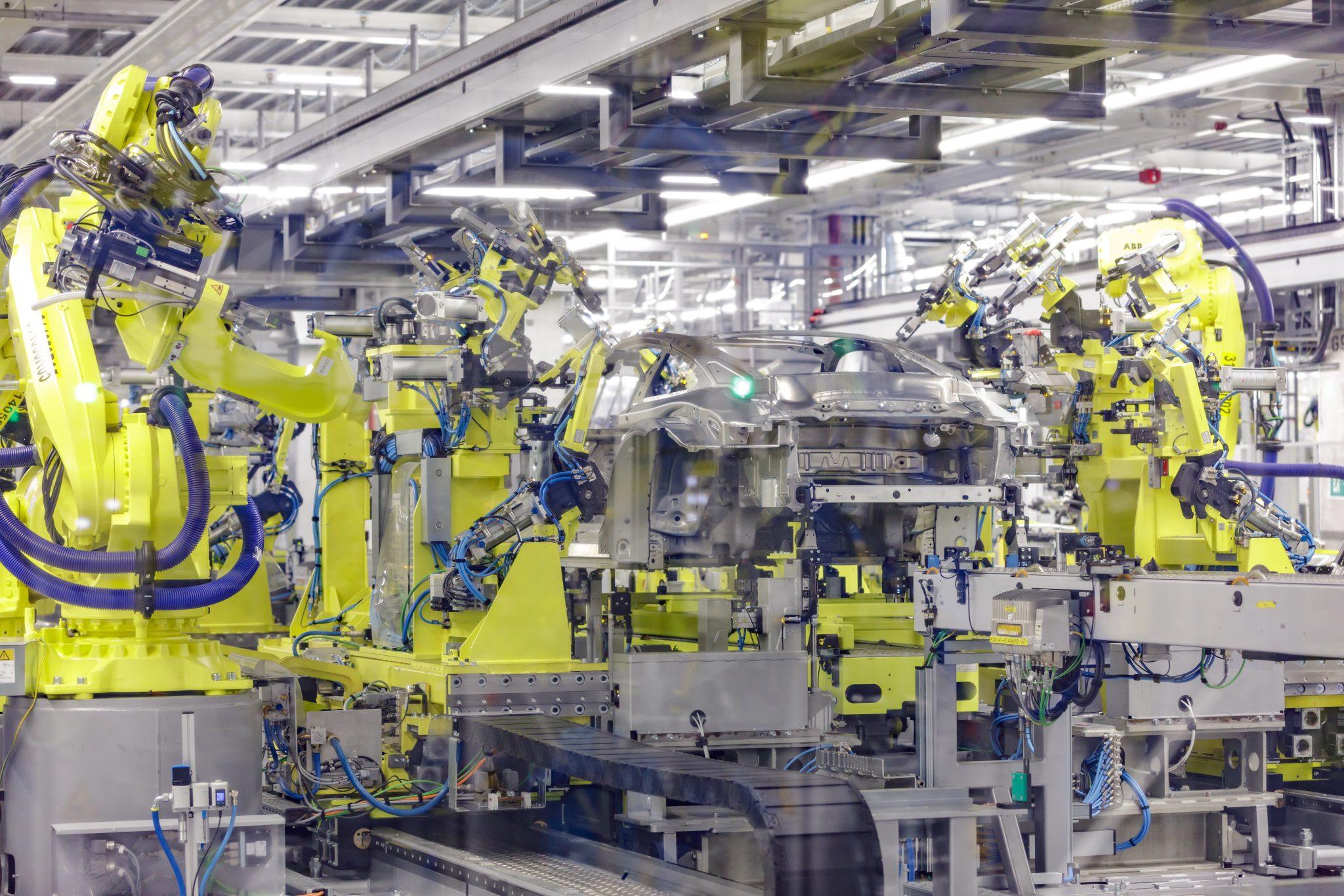 Porsche 911 992 fabriek robots