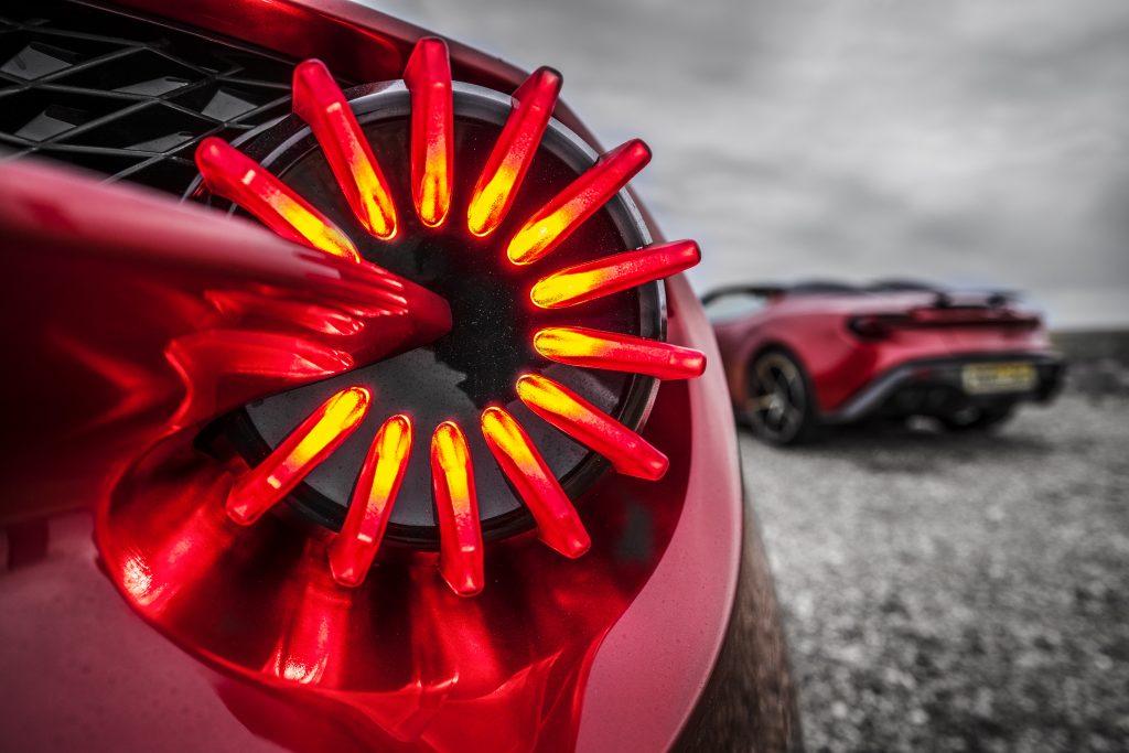 Aston Martin Vanquish Zagato achterlicht