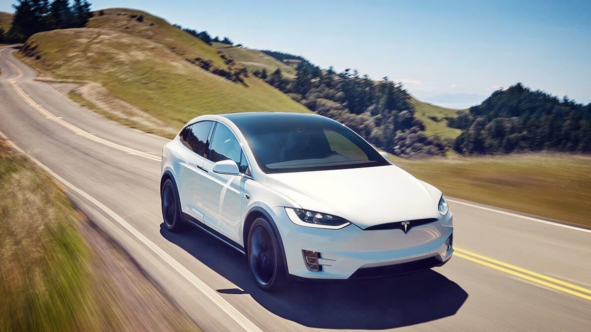 Tesla Model X Wit