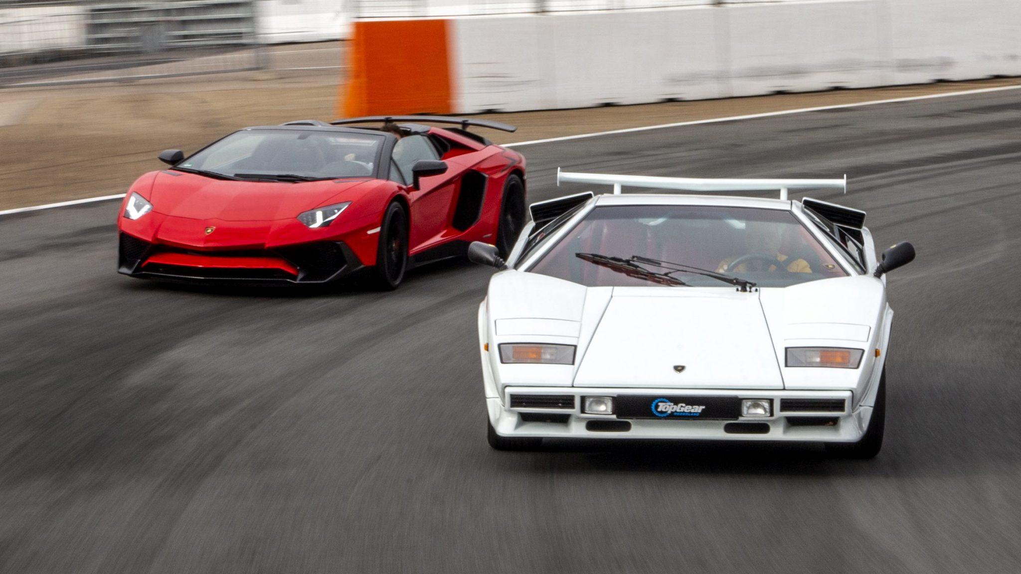 Lamborghini Aventador SV Roadster vs Lamborghini Countach 5000 QV