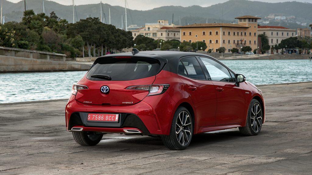 Toyota Corolla 2.0 High Power Hybrid Executive