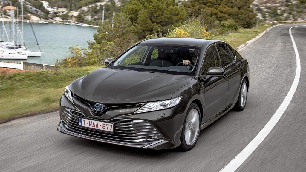 Toyota Camry Hybrid 1e rij-indruk 2019