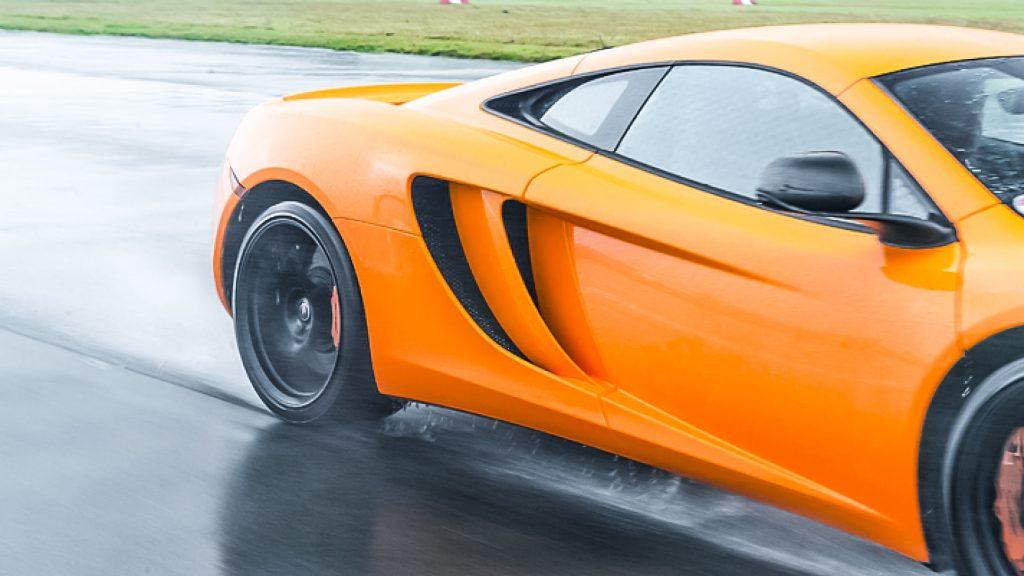 McLaren MP4 12C wiel Top 9: Britse Autoblunders