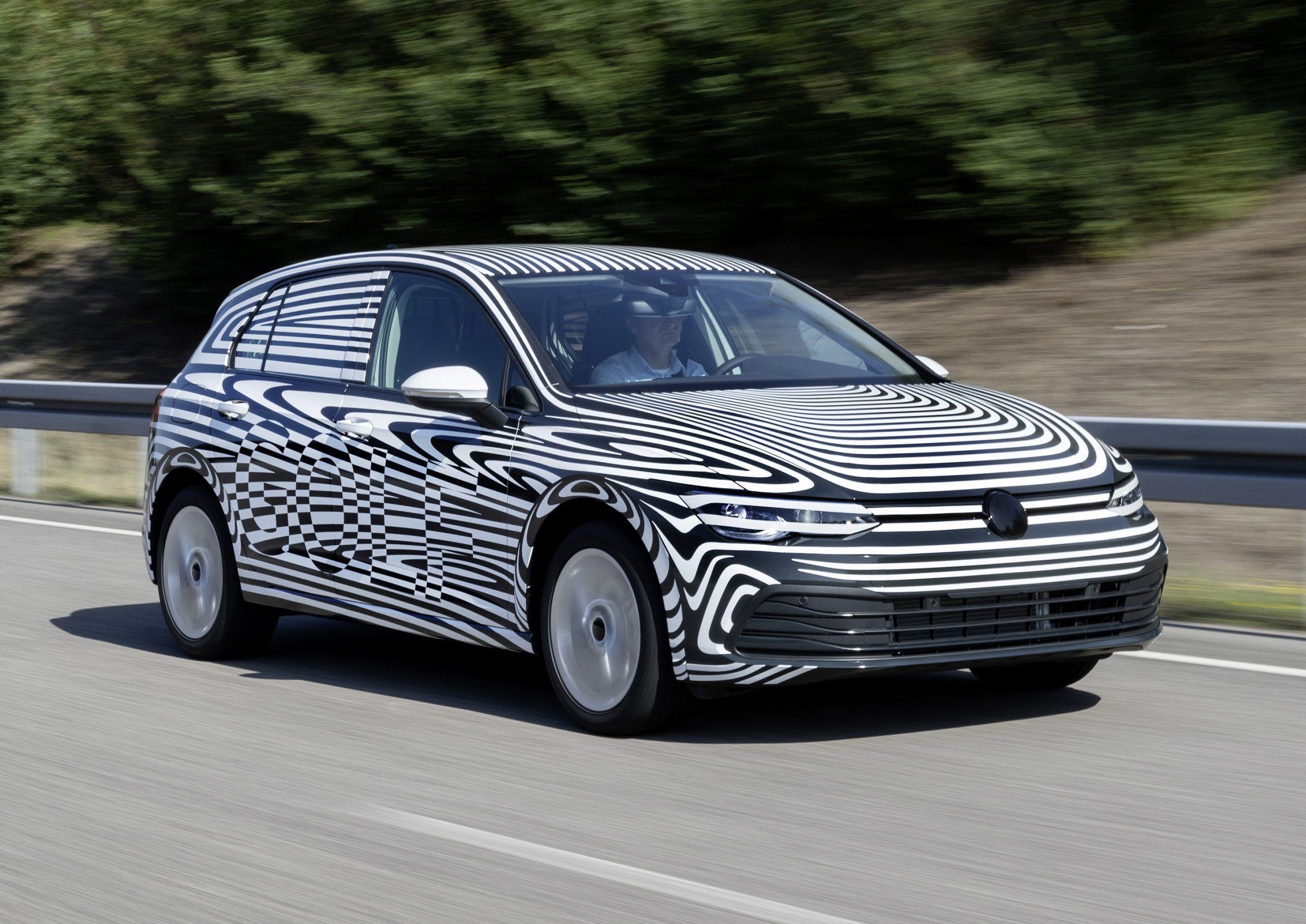 Nieuwe Volkswagen Golf 8 camouflage prototype