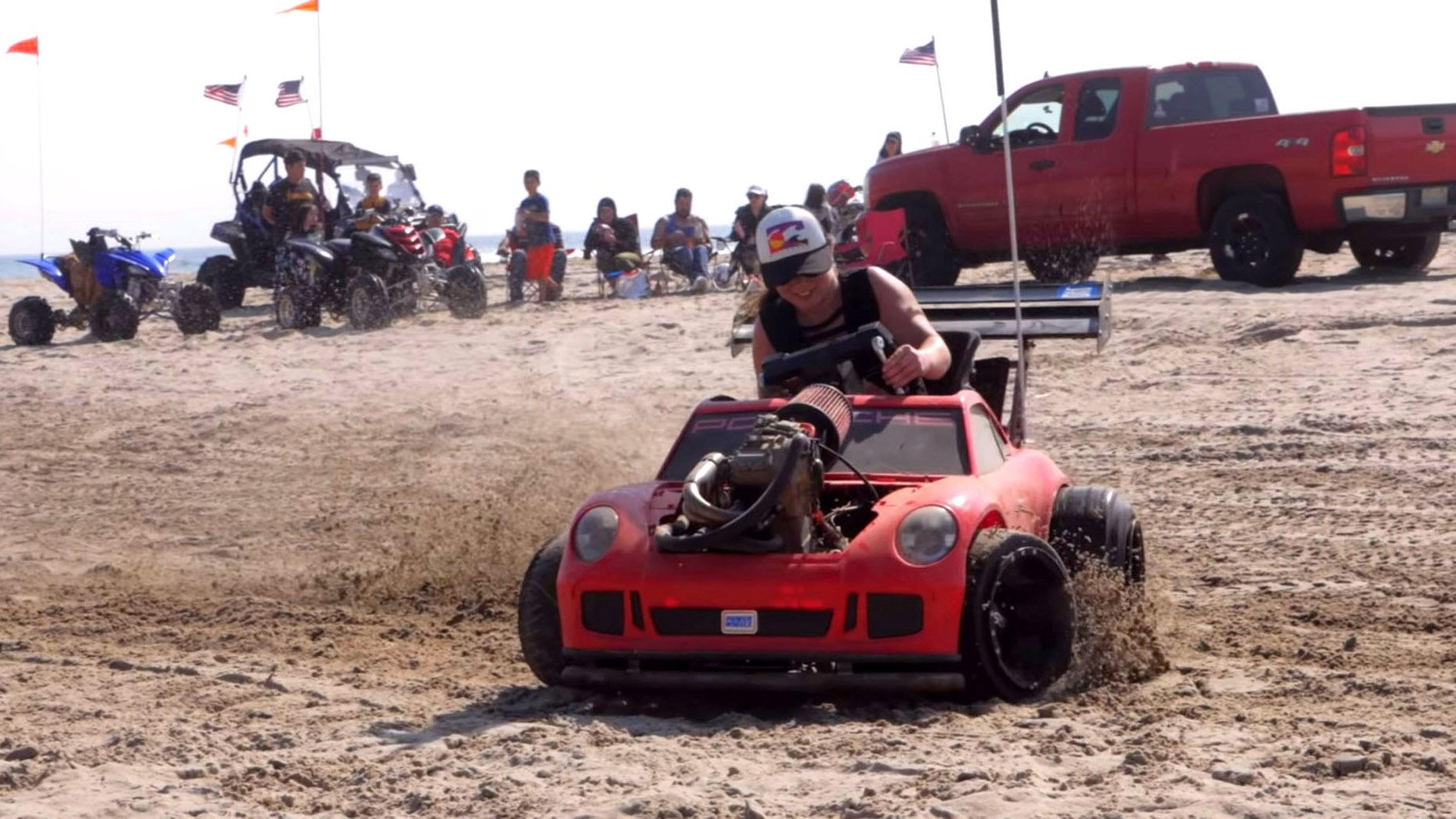 Speelgoed-Porsche met KTM-motor