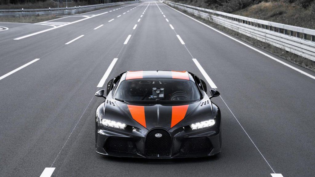 Bugatti Chiron boven