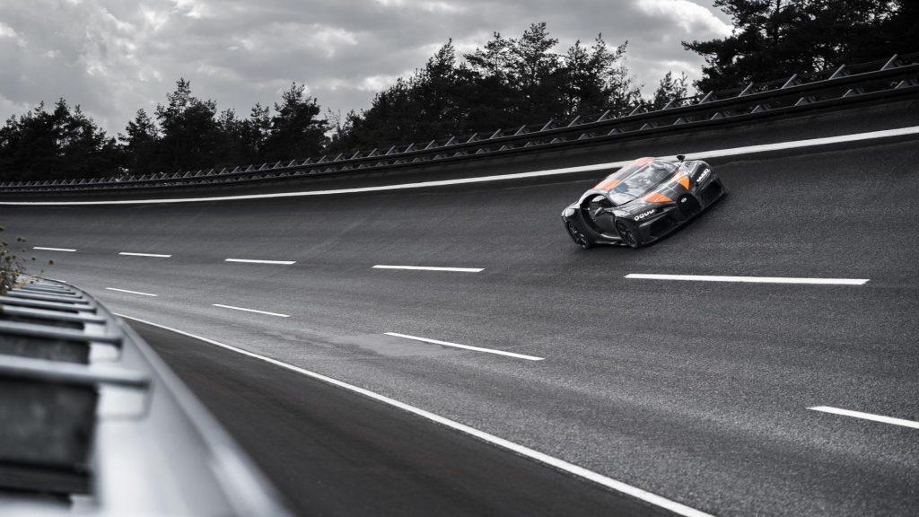 Bugatti Chiron bocht