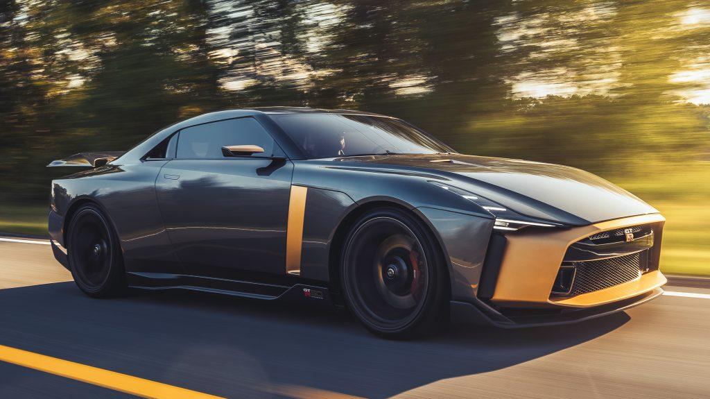 Nissan GT-R50 rechtsvoor
