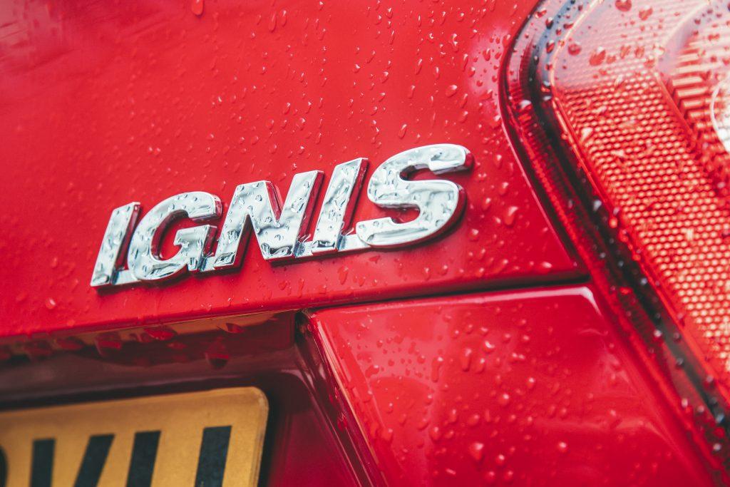 Suzuki Ignis detail badge