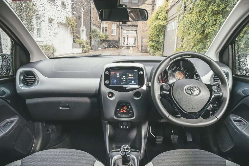 Toyota Aygo interieur dashboard