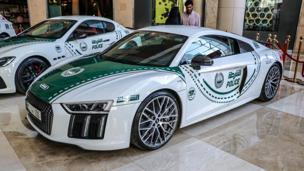 Audi R8 V10 politieauto in Dubai
