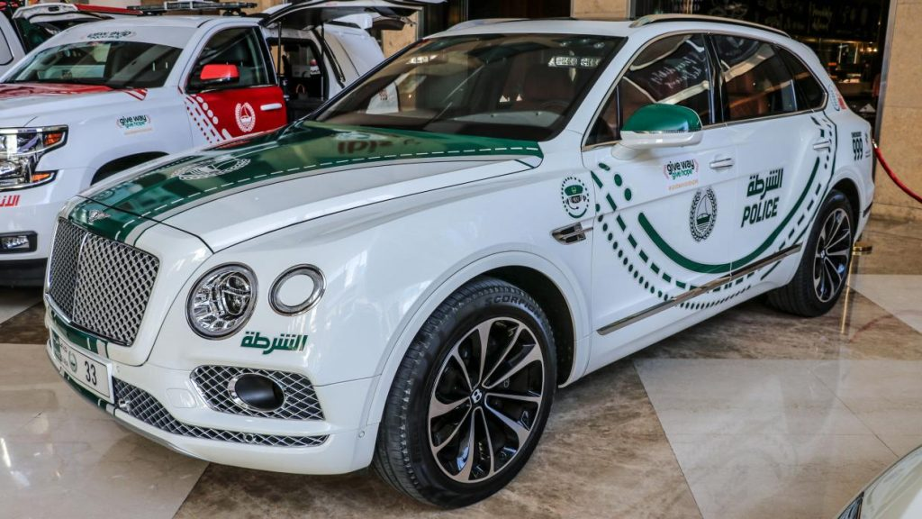Bentley Bentayga politieauto in Dubai