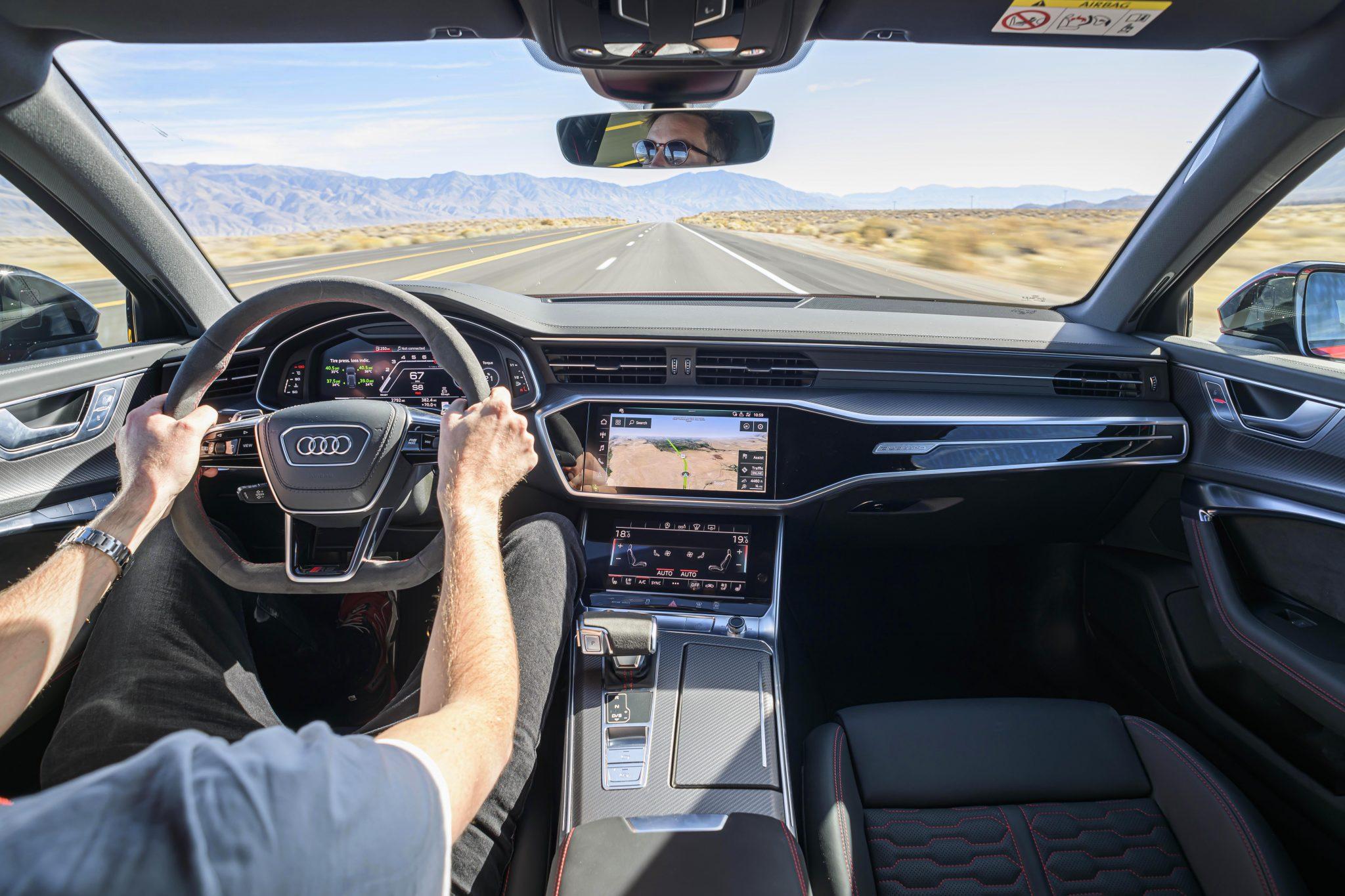 Audi RS 6 interieur dashboard