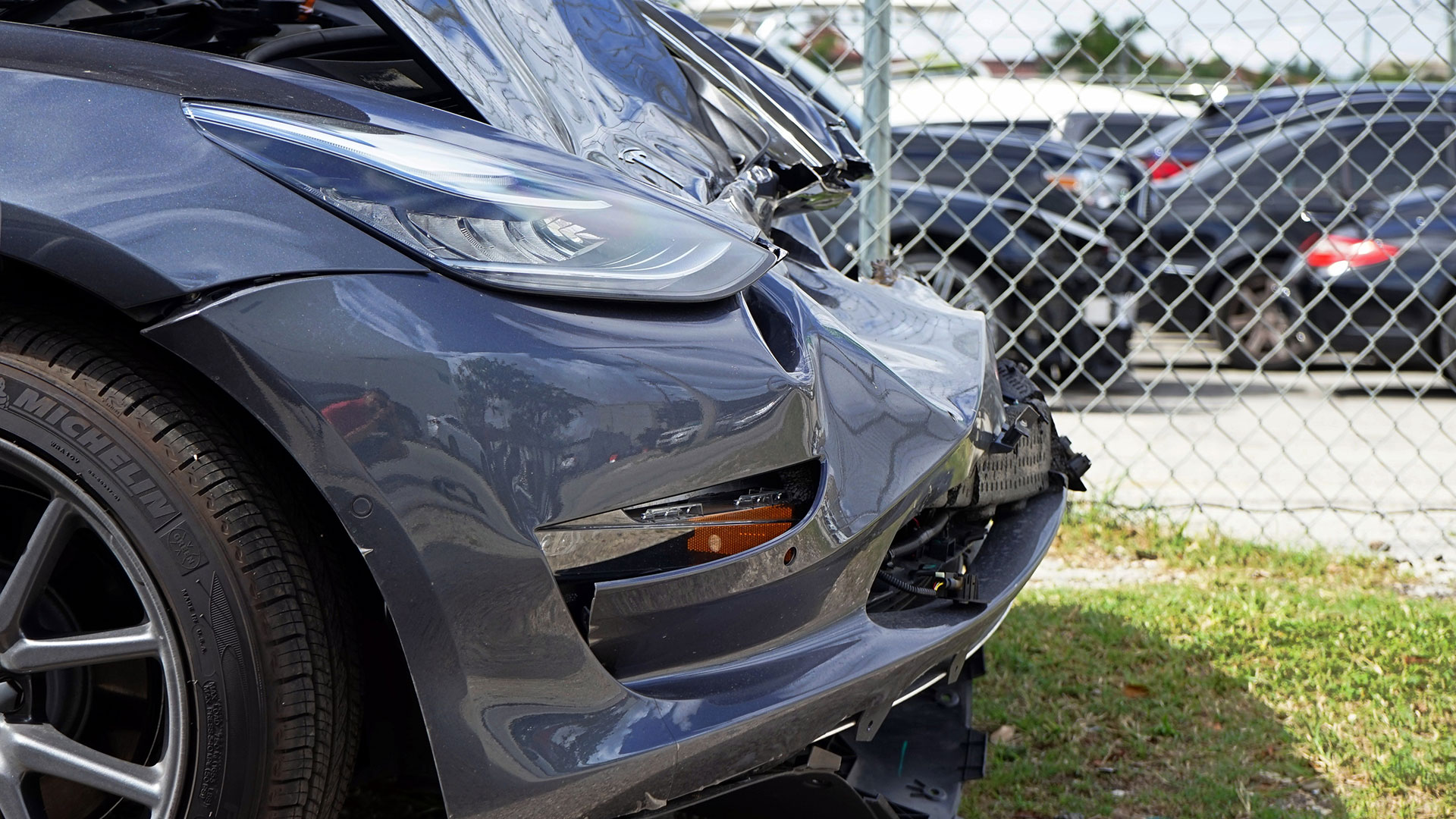 Tesla Model 3 schade
