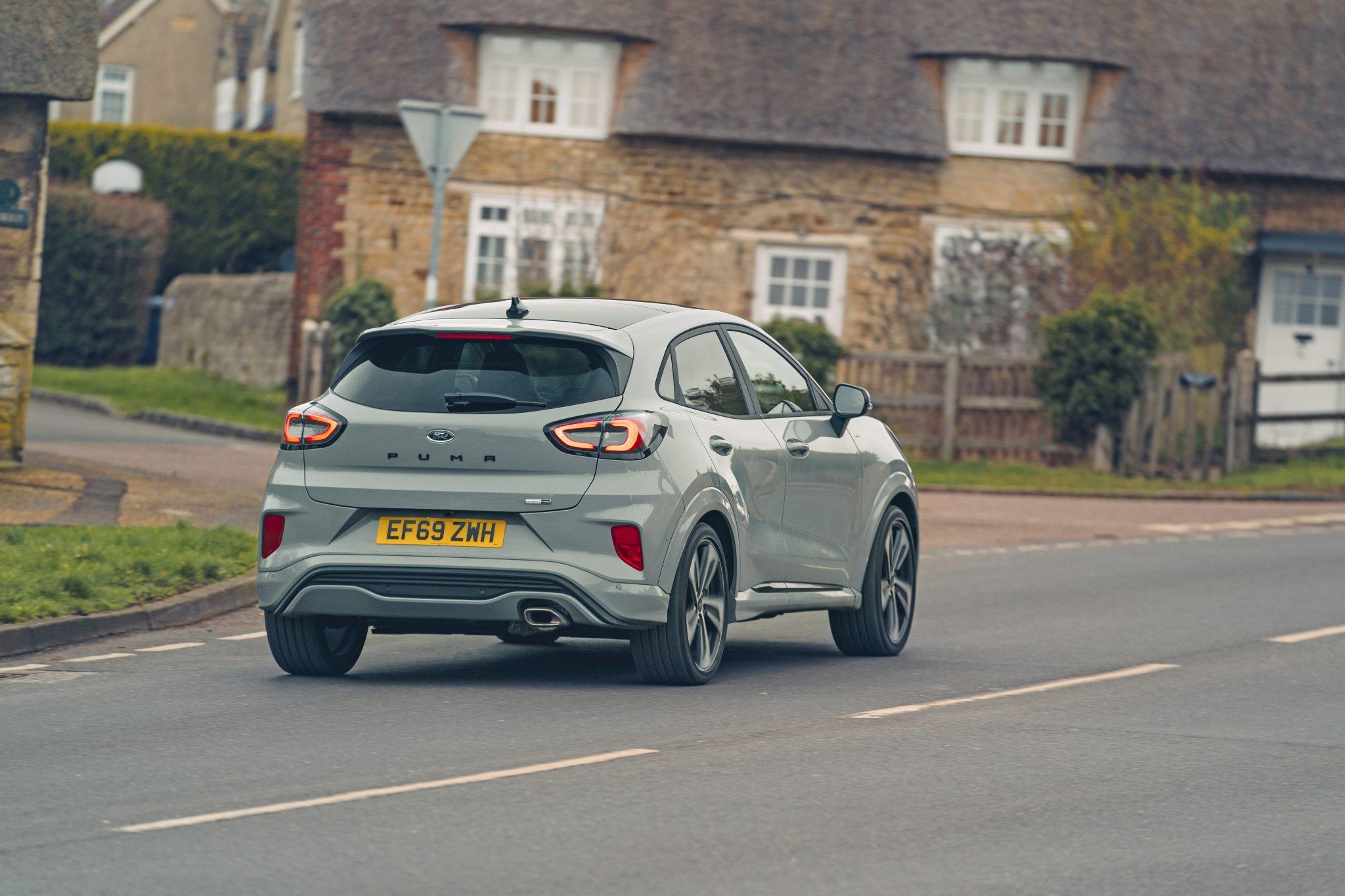 Ford Puma Grijs (2020)
