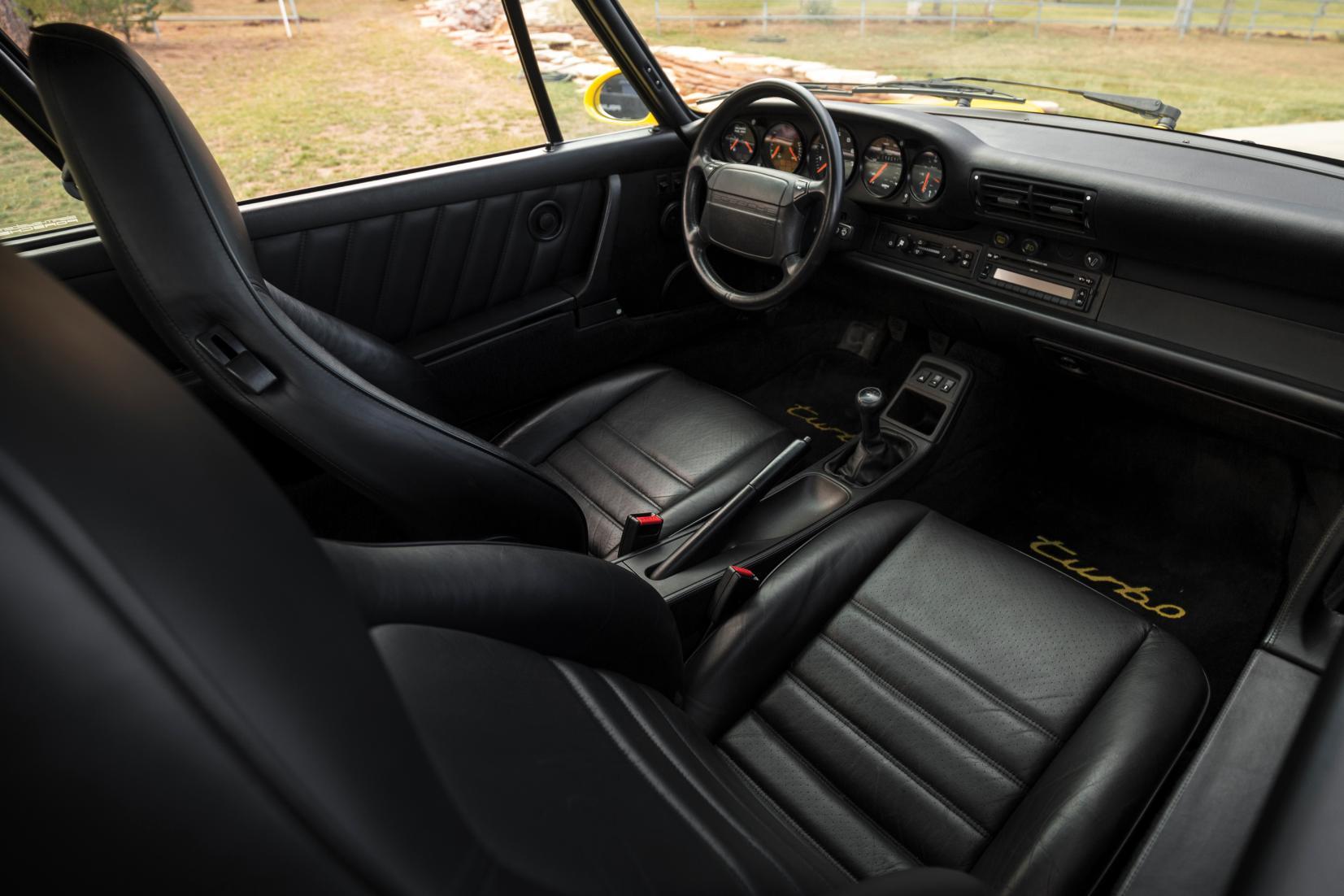 Interieur Porsche 911 Turbo 964 1991