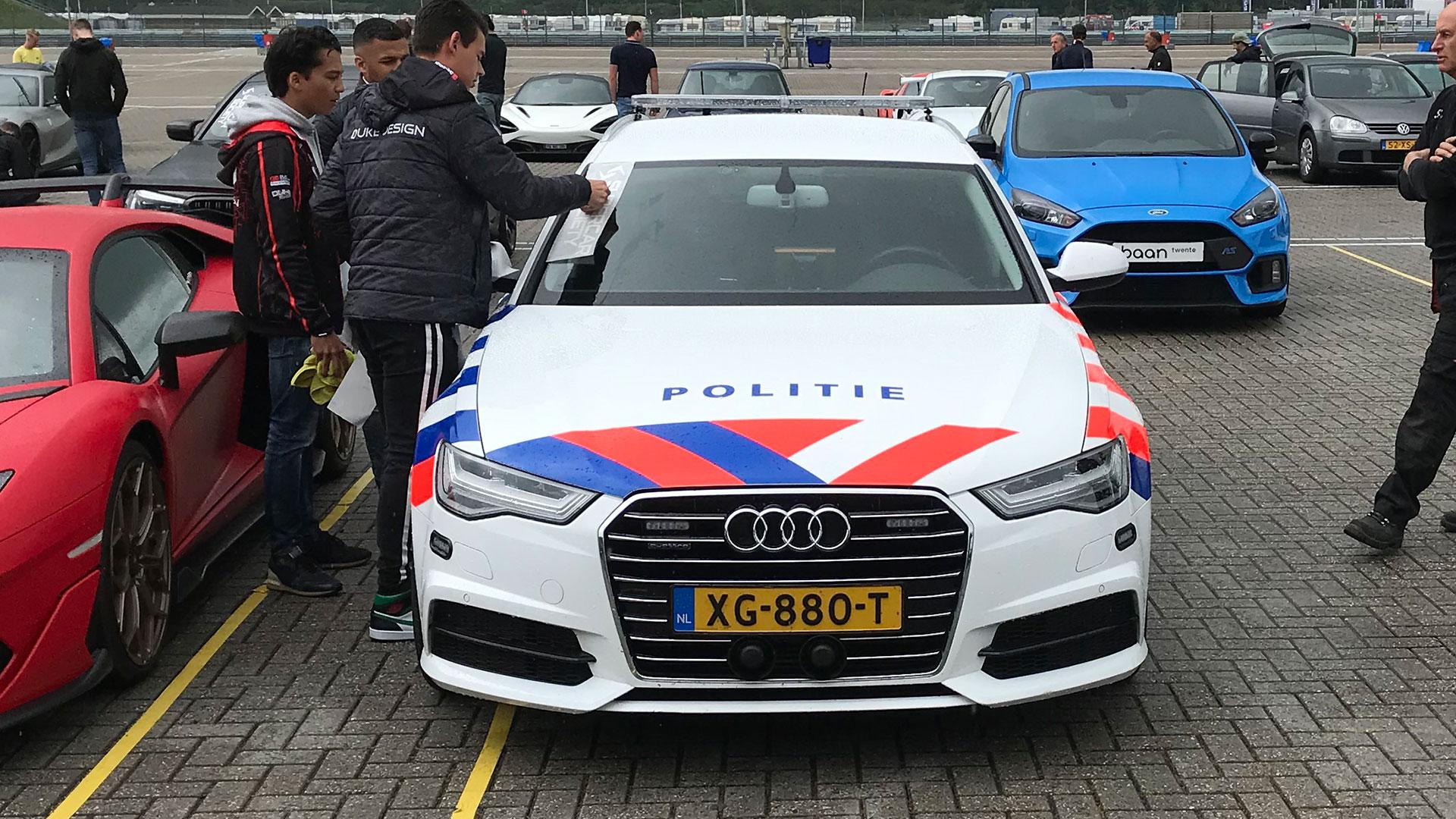 Audi A6 van de politie SIV