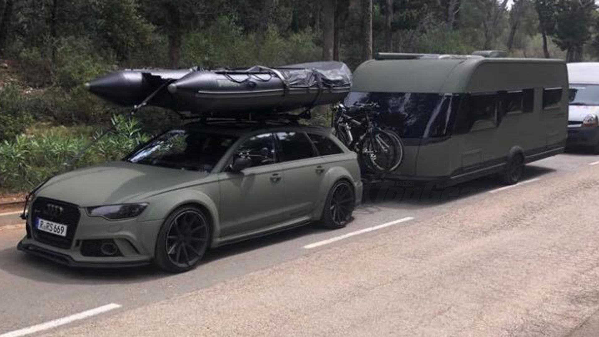 Audi RS 6 met matchende caravan matgroen