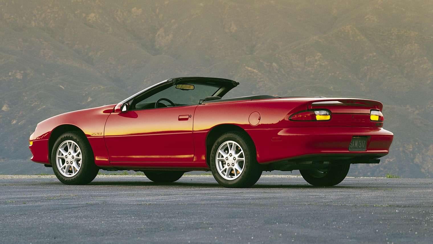 Chevrolet Camaro Convertible (rood)