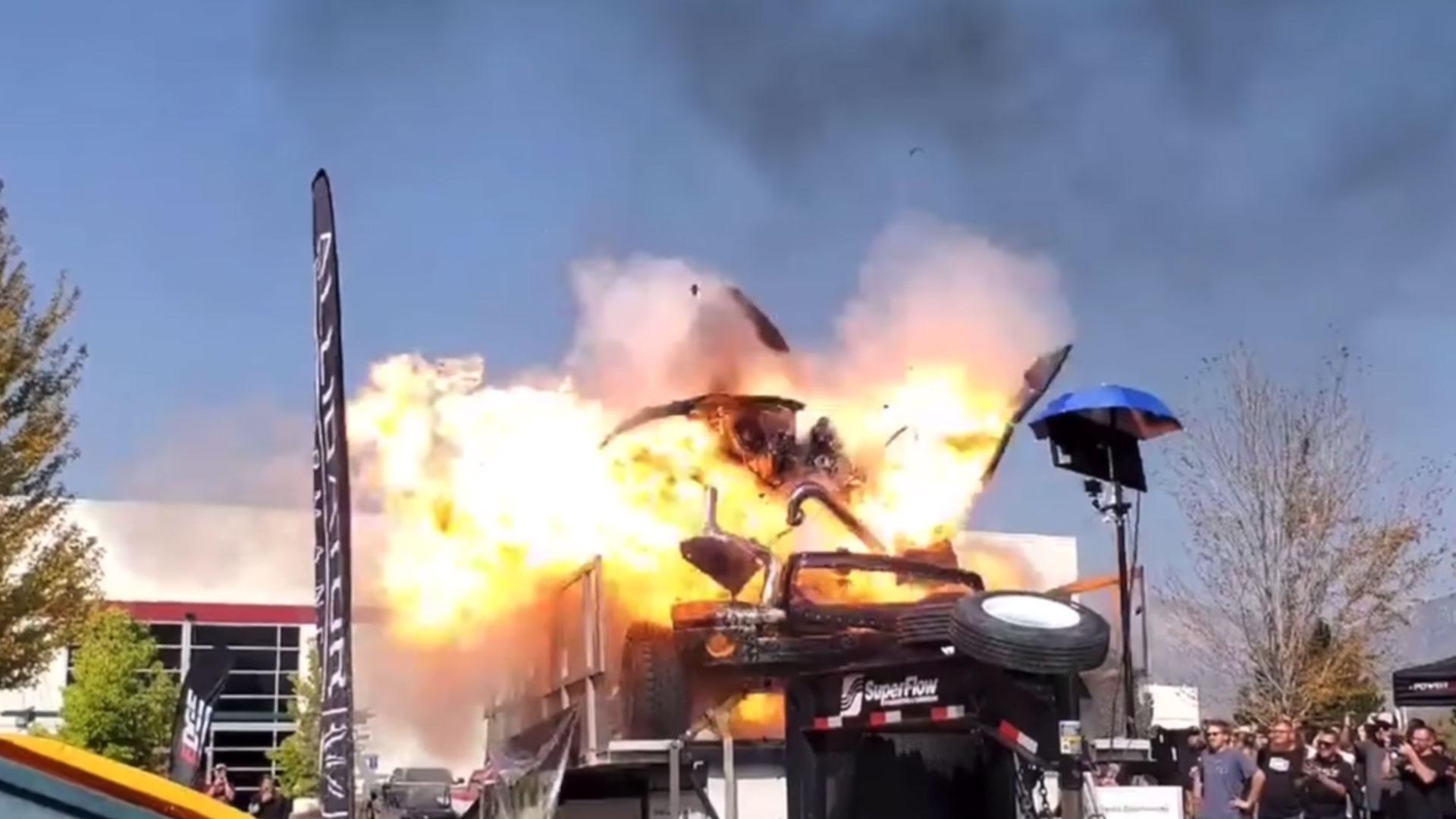 3.000 pk diesel explodeert op de rollenbank
