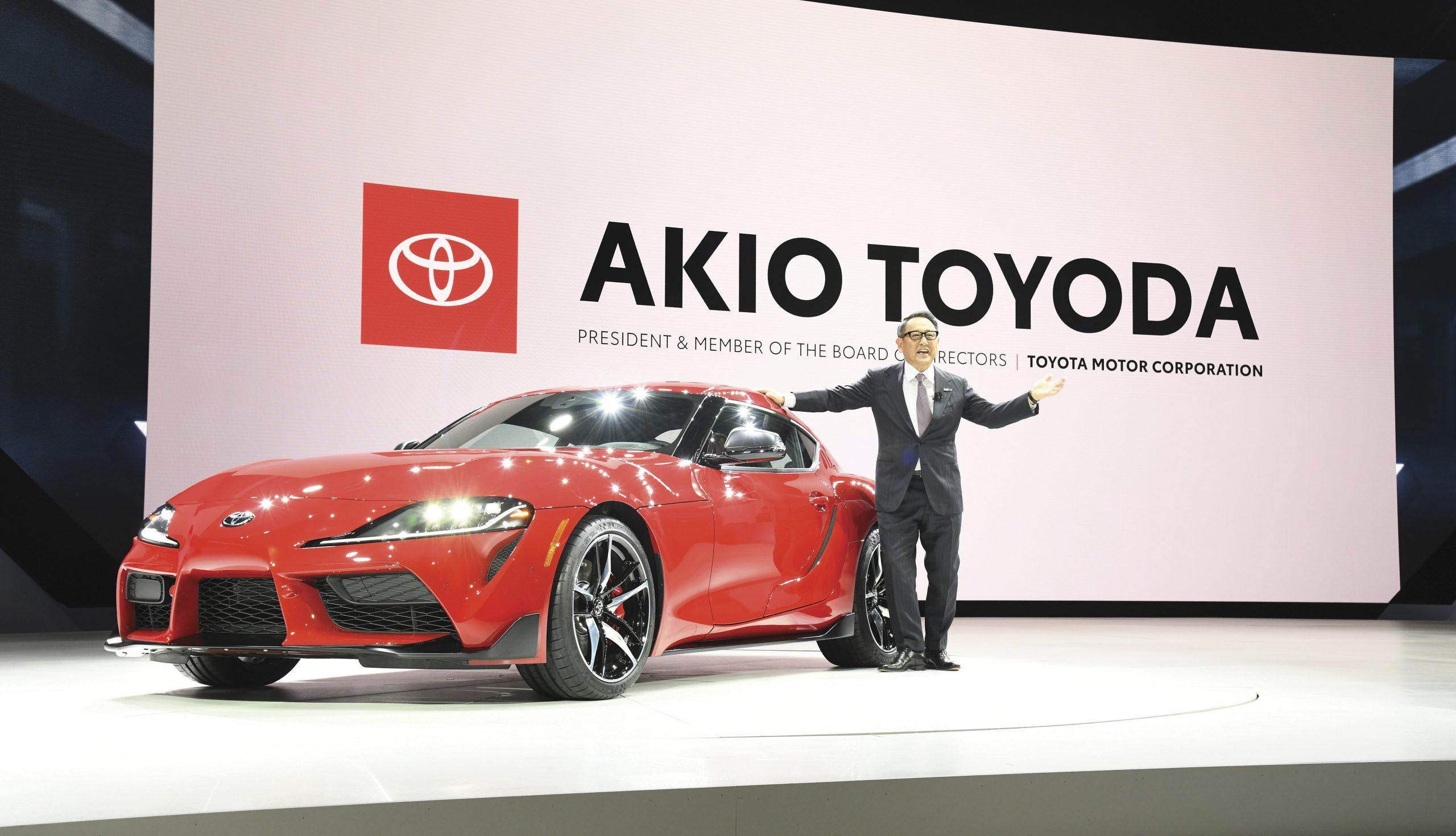 Akio Toyoda bij de Toyota Supra A90