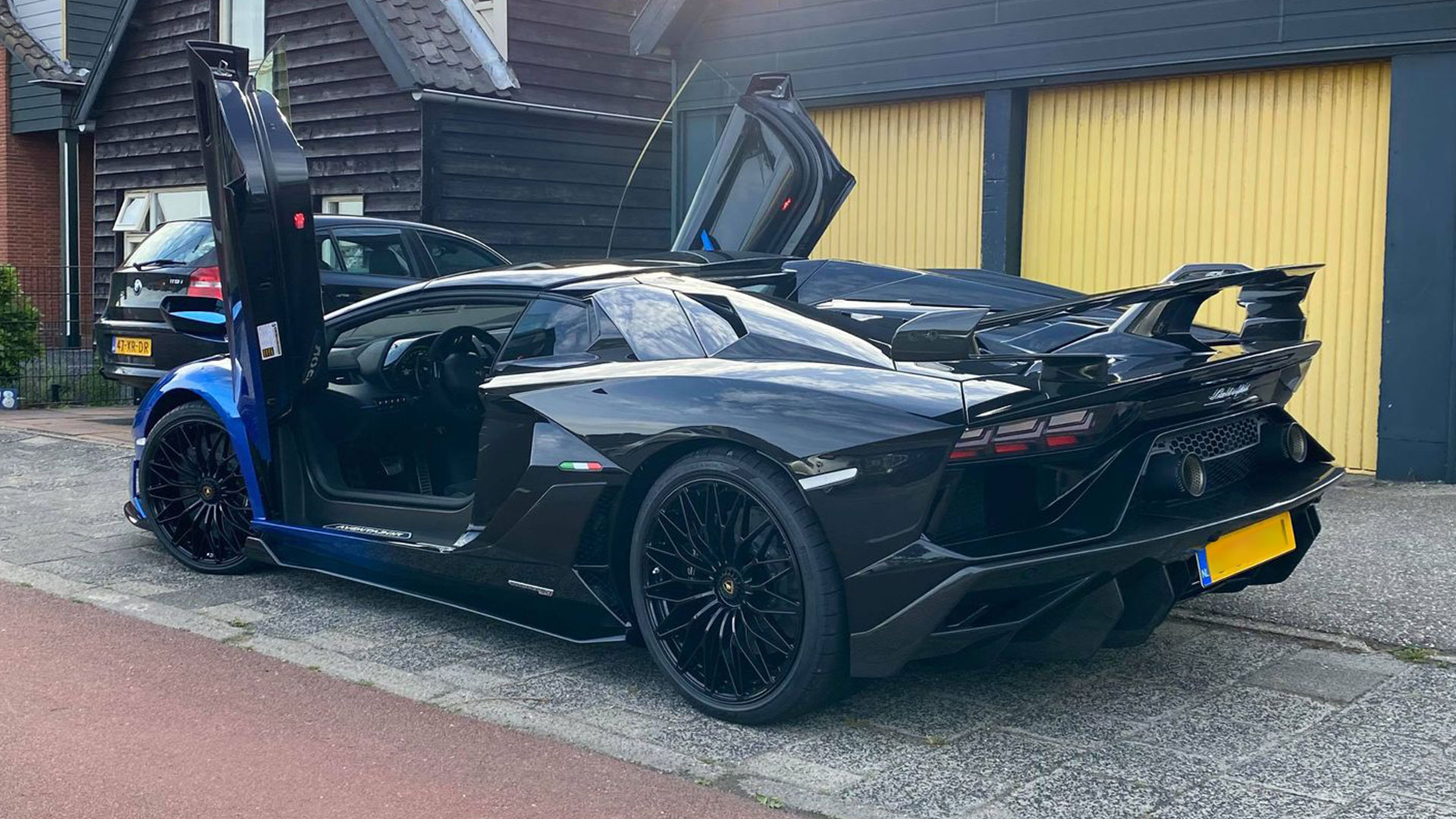 Lamborghini SVJ Roadster - duurste auto van Nederland in2020