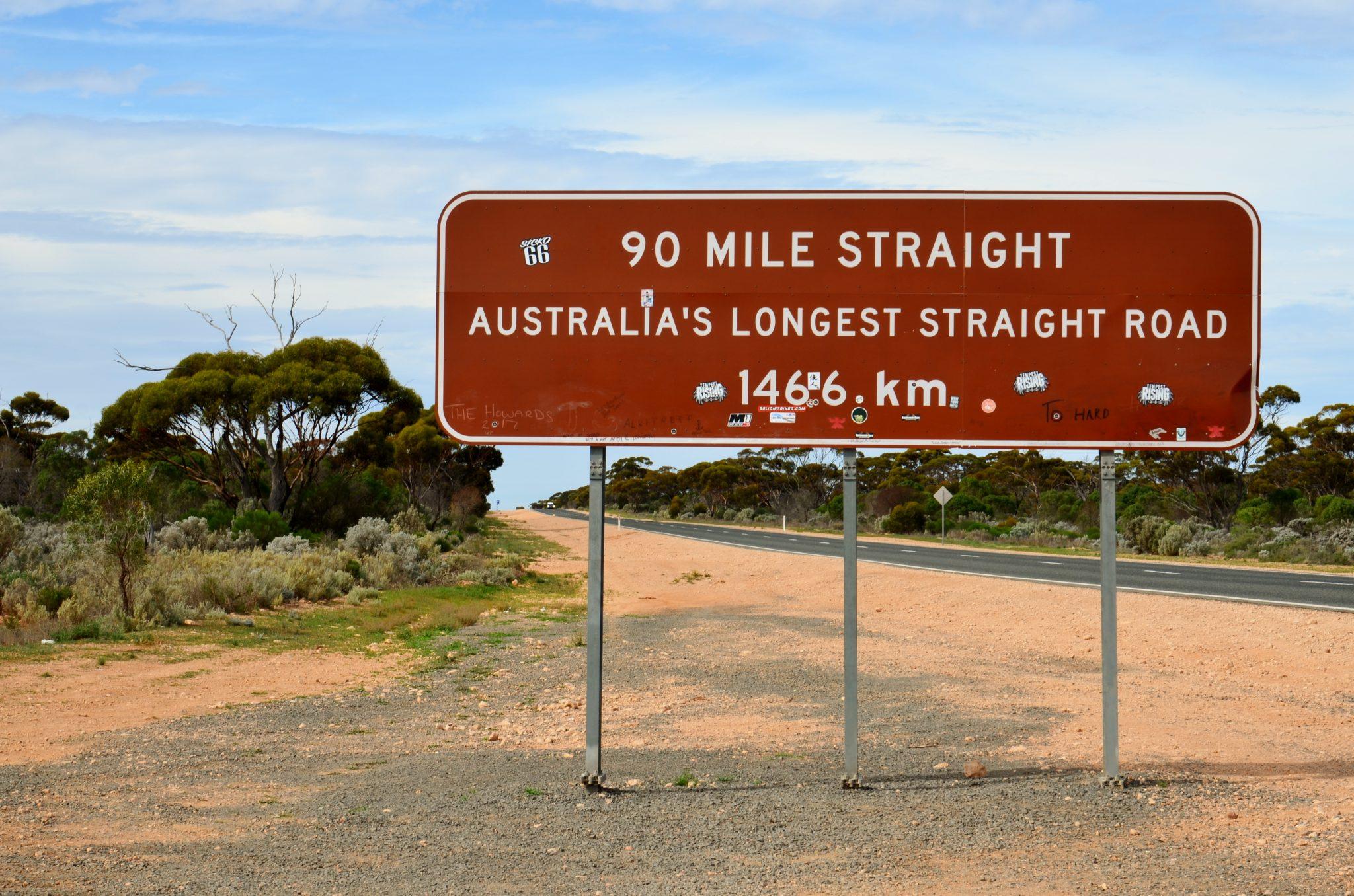 Eyre Highway - langste rechte weg in Australie