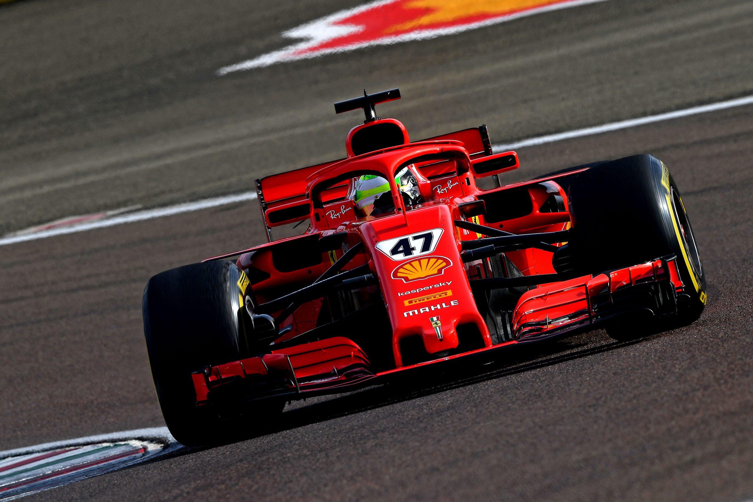 Ferrari komt met een kanon van een motor