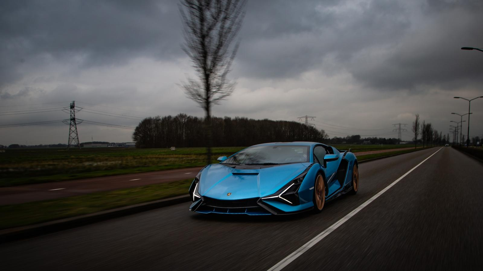Eerste Lamborghini Sian op Nederlands kenteken