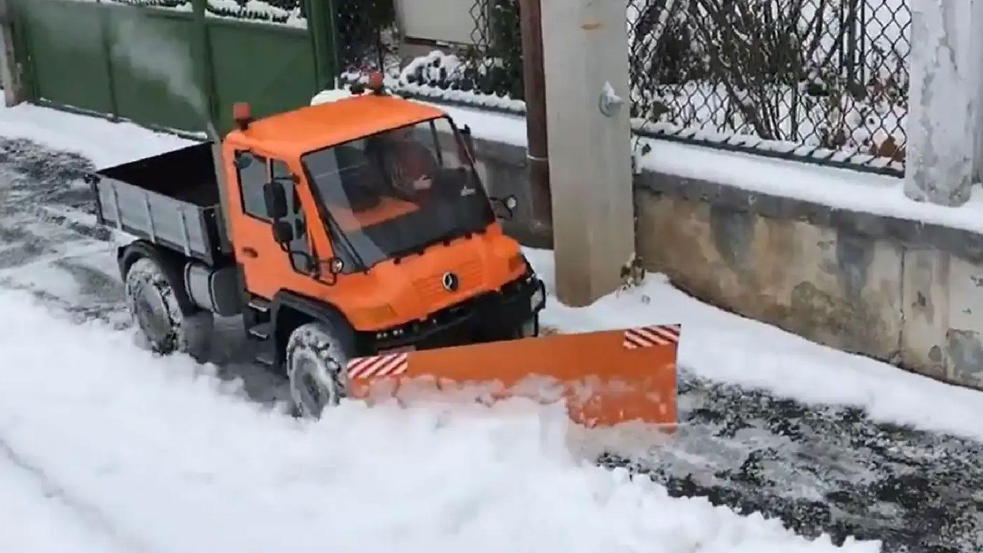 RC-sneeuwploeg