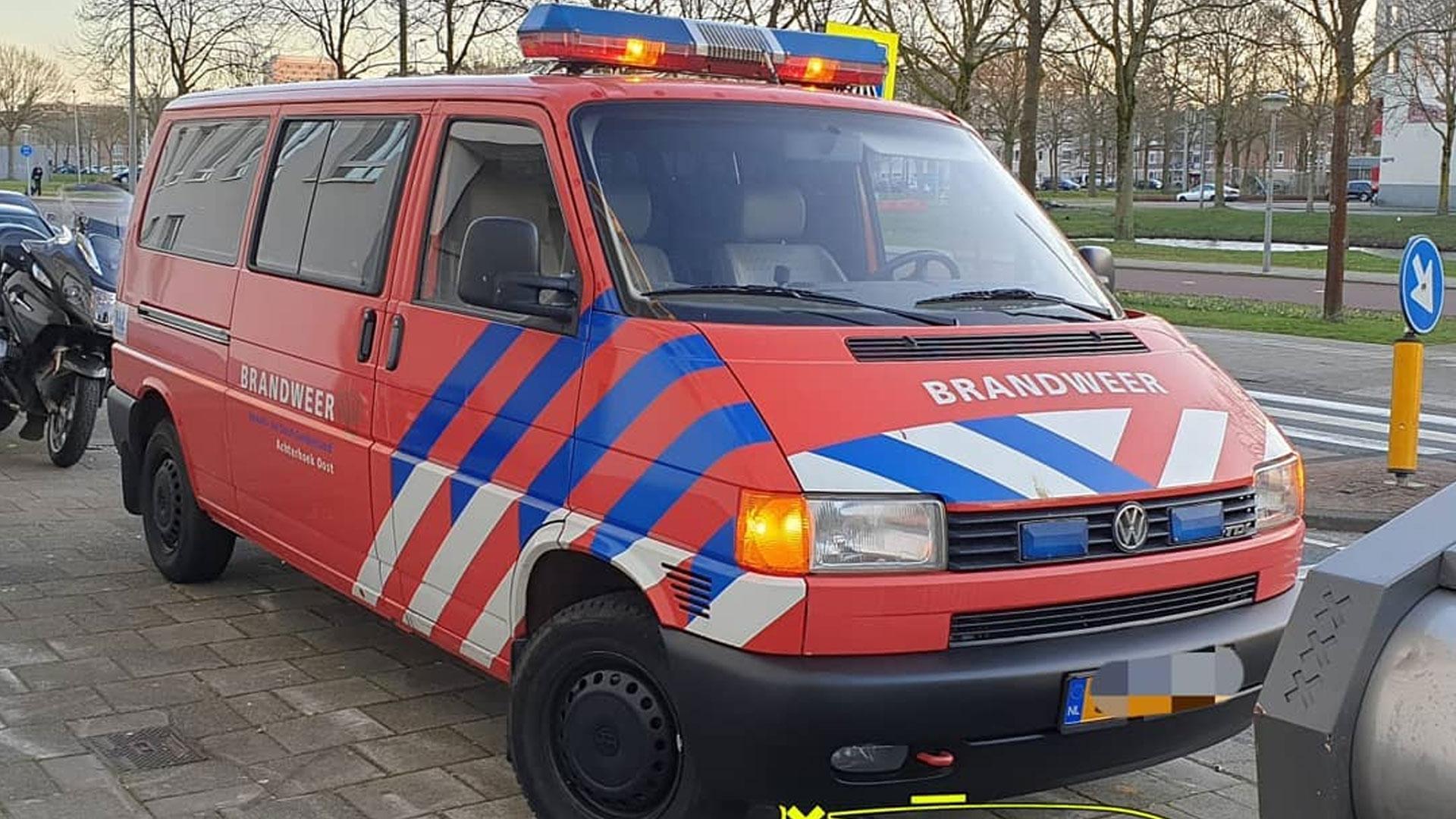 Oude brandweer-transporter Volkswagen