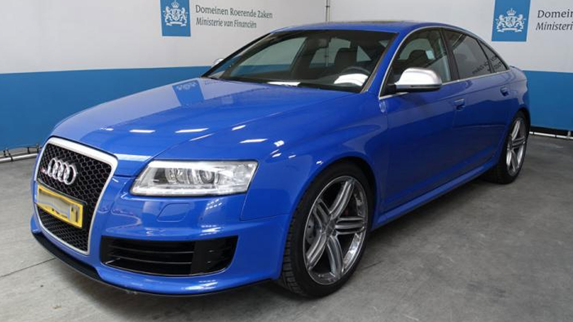 Audi RS 6 Sedan Nogaro Blue